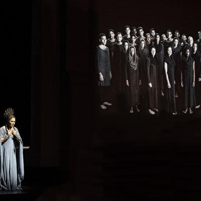 Giuseppe Verdi/Aida/ Premiere am 6.August 2017/Riccardo Muti:Musikalische Leitung, Shirin Neshat:Regie, Christian Schmidt:Bühne, Tatyana van Walsum:Kostüme/ Anna Netrebko:Aida